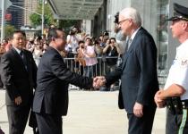 '미국 대북특사 특별기 방북'에 청와대 혼선